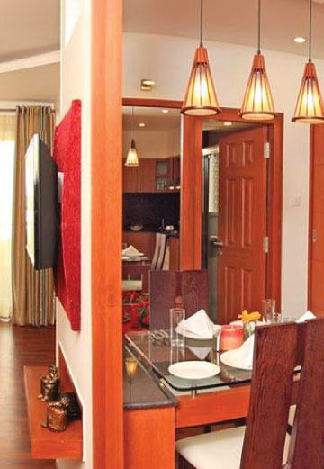 Hotel Header (Mobile)